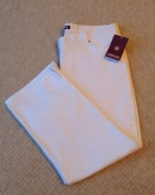 Women's Clothing White Cropped Jeans Size 16 BNWT