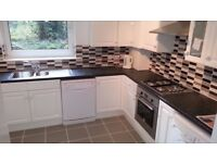 A 3 bedroom duplex flat with spacious lounge, modern fitted kitchen in Gordon Road Finchley N3 1EN