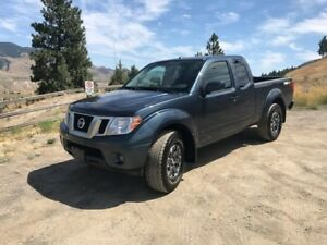 2014 Nissan Frontier PRO-4X 4x4 King Cab 126 in. WB
