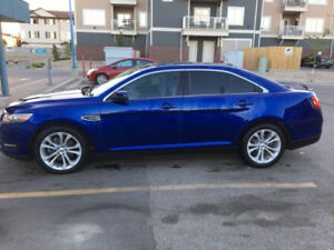 2013 Ford Taurus Sedan *REDUCED*