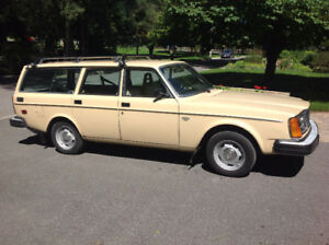 1978 Volvo 245 DL, certified, mint condition