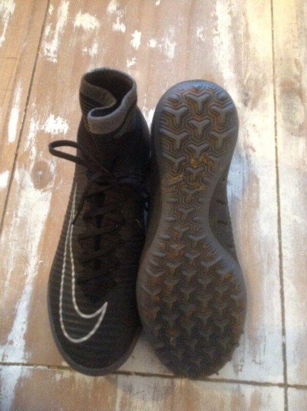 Nike Mercurial Astro Football Boots size 6in Paignton, DevonGumtree - Great condition and hardly worn. Check retail price as these are not cheap! No rips, tears or marks, with built in sock. Located Torquay but travel to Paignton regularly