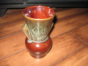 VARIETY OF VINTAGE VASES AND PRICES