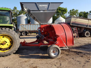 Mainero 2240 Grain Bagger/ Richiger Extractor EA180