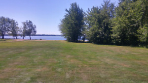 WATERFRONT  HOME  3.5 ACRES MAQUAPIT LAKE NB