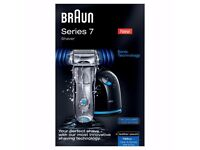 Braun Series 7 799cc-6 Shaver with Clean Renew System Wet & Dry & Leather Pouch - Brand New In Box