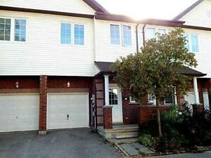 TOWNHOUSE FOR RENT ON YONGE ST BARRIE