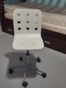 Office Chair/corner table/bar stools/filing cabinet/high chair