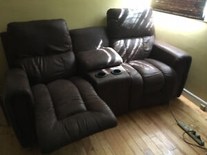 Beautiful Leather Lazy-Boy Recliner