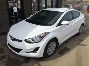 2015 Hyundai Elantra LIKE NEW ONLY 17K!