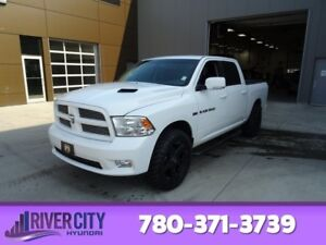 2012 Ram 1500 4WD CREWCAB SPORT Navigation (GPS),  Leather,  Hea