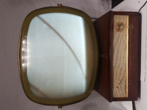 Antique mid 1950's Philco predicta Television TV Power up