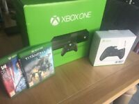 *BRAND NEW* XBOX ONE - EXTRA CONTROLLER - 2 GAMES