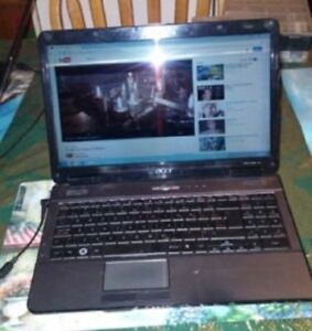 Windows 7 Acer laptop 15 inch