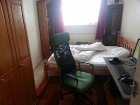 CLEAN & SPACIOUS DOUBLE ROOM