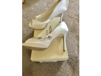 Monsoon cream bridal shoes size 7