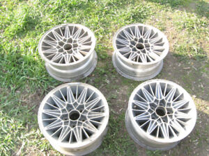 """15"""" x 7"""" Pontiac styled aluminum mags with 5 x 4-1/2"""" pattern"""