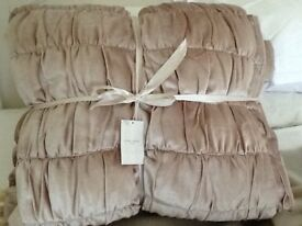 Laura Ashley Delaney Velvet bedspread /quilt/Sable/Beige NEW WITH TAGS