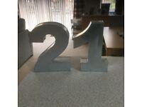 Cake number tins