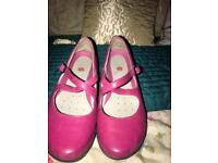 Clarks UNstructured pink leather shoe 4