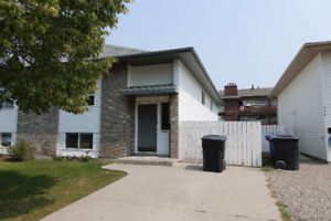 Duplex in Fairhaven for Rent Available Now
