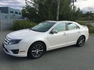2009 Ford Fusion SEL AWD & 4 Winter tires on Rims