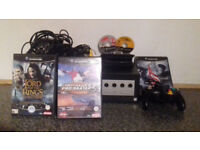 Nintendo GameCube console, 5 games and extra's