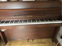 1975 Zender piano