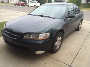 Honda Accord exr fully loaded include leather v6