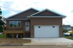 Homes for Sale in Biggar, Saskatchewan $348,000