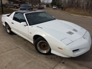 1991 Pontiac Trans Am GTA Excellent Cond T-Tops Low KMS Reduced