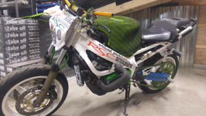 Cbr 600 f4i, stunt bike