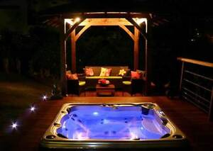 Hot Tub Gurus ...we know what you need !