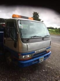 Beaver tails recovery truck / lorry Mitsubishi ( may part x)