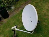 Satellite dish 90cm