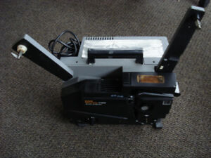 16 mm Projector Kodak Ektagraphic CT1000 with Dust Cover