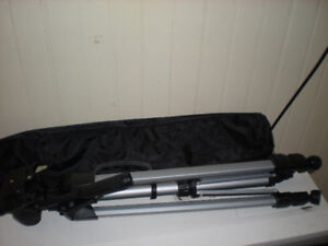 New Full Size Camera Tripod with Carry case