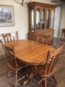 Solid Oak Dining Room set with China Hutch