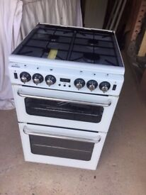 New World, Newhome, Freestanding Cooker, excellent working condition.