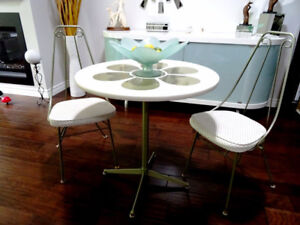 RETRO mid-century ICE CREAM PARLOUR bistro table & chairs AWESOM