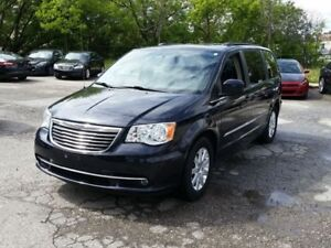 2011 Chrysler Town & Country LIMITED Nav Back up Cam Leather pwr