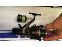 SHIMANO 5010 aero gt bait runner fishing reel+spare spool full of braid