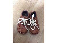Kickers child's leather brogue shoe