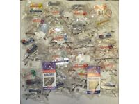 85+ pairs of Foster Grant Reading & Sun Glasses - various styles - Great for car boot sales - New