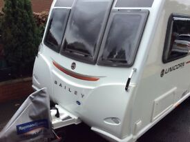 Bailey Unicorn Cartagena 2017 - 4 Birth double axel with motor mover