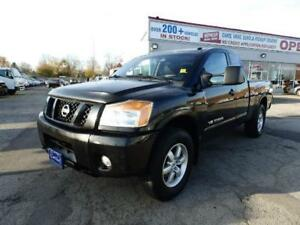 2012 Nissan Titan PRO-4X NO ACCIDENTS SERVICED IN DEALER ONTARIO