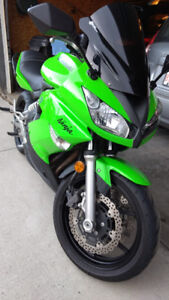 2009 650r Kawasaki Ninja: NEEDS NOTHING..RIDES EXCELLET