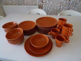 Dinner Plates, Side Plates, bowls & Mugs