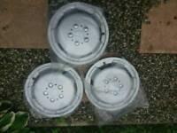 "15"" silver wheel trims"