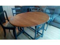Soilid Oak Oval Dining Table And Chairs